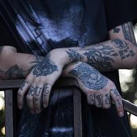親が反対!タトゥーや刺青の彼氏とは結婚できないの?