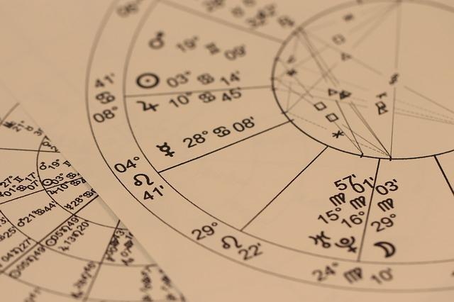 六星占術の当たる超人気占い師!『細木数子』さんの口コミ&現在の鑑定方法