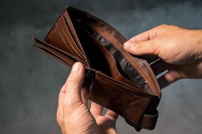 お金がない金欠彼氏とは別れるべき?正しく見極める方法&上手な付き合い方