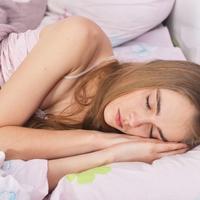 仕事なのに、朝が早くて起きれない!原因&目覚める方法