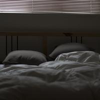 【夢占い】浮気される夢を見た…正夢になる?意味を解説