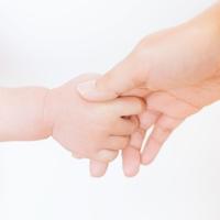 赤ちゃんが授かる!?子宝に恵まれるお守り7選【神社&手作り編】
