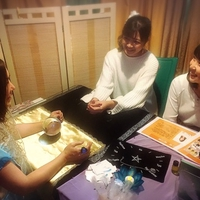品川にある『占いヒーリングサロン aoi』で会える!多くのメディアで話題の相川葵さん