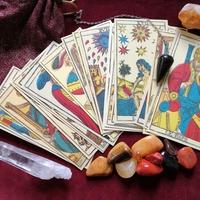 占星術、タロット占いを得意とした占い師…宮里 砂智子さん