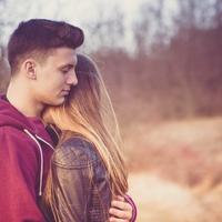 私って愛されてる?彼氏がする愛情表現の特徴とは