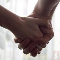 資金面や精神面など…起業家の彼氏と付き合うならどう支えるべき?