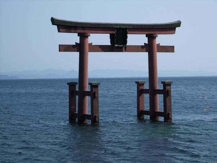 滋賀県にある最強パワースポット…唐崎神社の魅力&情報