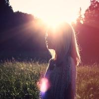 辛い…浮気相手が好きすぎる理由&気持ちを抑える方法