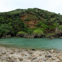 神様が拝む島!?沖縄にあるパワースポット…大神島のご利益とは