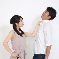 夫の浮気発覚後、夫婦関係は修復できる?再構築する方法と体験談