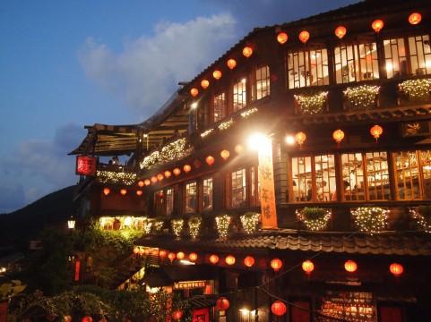 怖いほど当たる!台湾で紫微斗数占いならこの占い館!