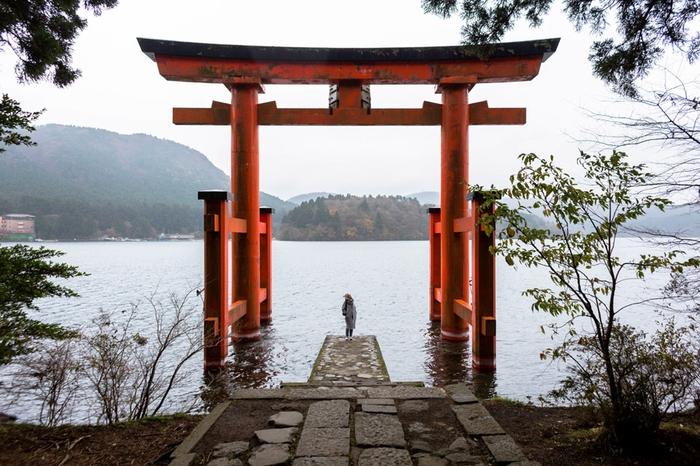 """神奈川県にある恋愛パワースポット""""箱根神社""""のご利益とは"""