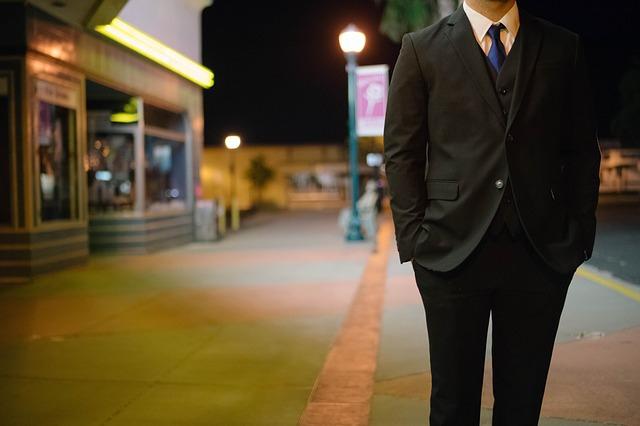 プライド高い男の別れた後の心理&復縁する方法
