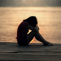 失恋をいつまでも引きずる女性の特徴&失恋の立ち直り方
