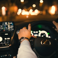 元彼と車でドライブをする夢を見た!なぜ?夢占いの意味とは