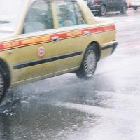 タクシーに乗る夢を見た!タクシーの夢占いの意味