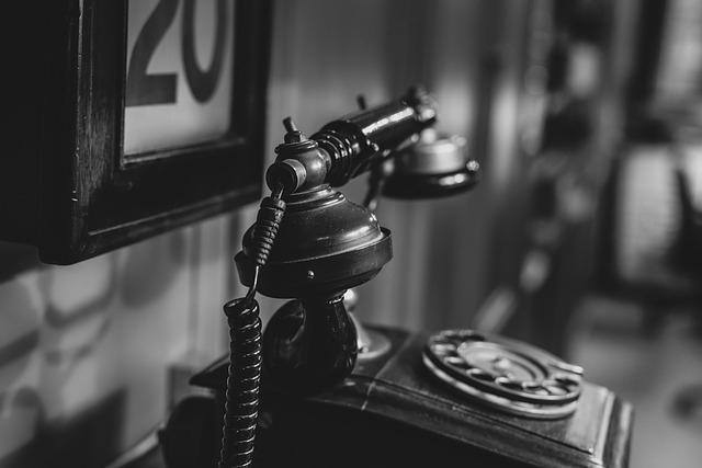 遠距離カップルは毎日長電話をするほうがいい?長続きする連絡頻度