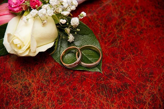 30代の結婚事情が知りたい!プロポーズまでの平均期間を解説