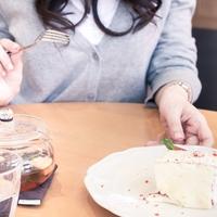 食事はアウト?カップルの浮気の定義とは?