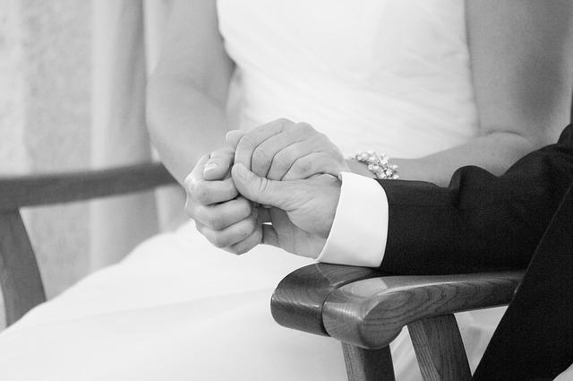 新婚なのに結婚生活が辛い…その理由と楽しむ方法