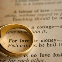彼氏が貧乏だったら結婚は諦めたほうがいい?見極めるポイントとは