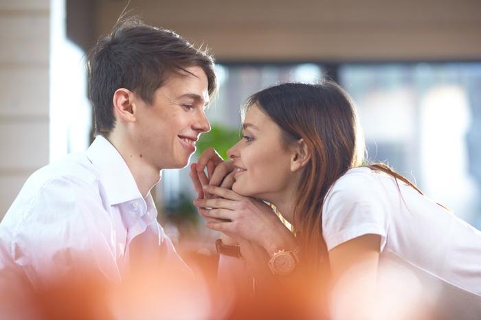 ダメ男と結婚したら後悔する!?結婚してはいけないダメンズとは?