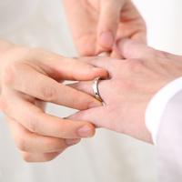 年下彼氏との結婚のタイミングっていつ?ポイント解説