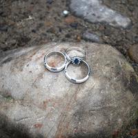 男性が買うんじゃないの?結婚指輪を折半で買う派の理由って?