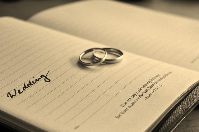 いつだろう…ベストなプロポーズ時期は交際何年目?