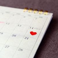 どうやって決めるの?ベストな婚約時期とタイミングはいつ?