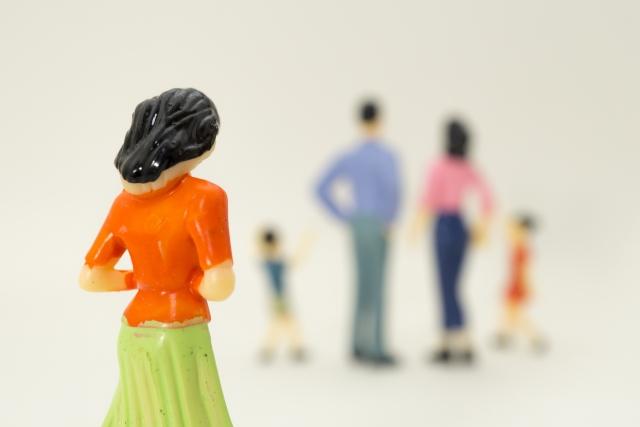 離婚だけは避けたい!結婚生活が苦しいときの対処方法とは