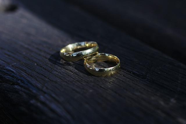 夫婦関係の悩みが多すぎる!少しでも夫婦仲を改善する方法