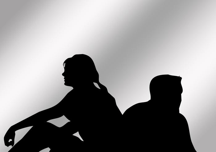 仲悪い夫婦の割合は高い?仮面夫婦と感じたら知っておいてほしいこと