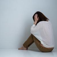 離婚がショックで毎日泣いてる。辛すぎるときの立ち直り方