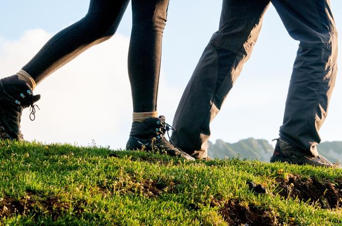 歩く夢が意味することを解説!夢占いで分かる歩く夢が持つ意味とは?
