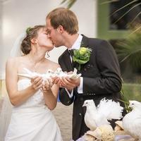 二股から結婚。幸せになれる決め手とは?