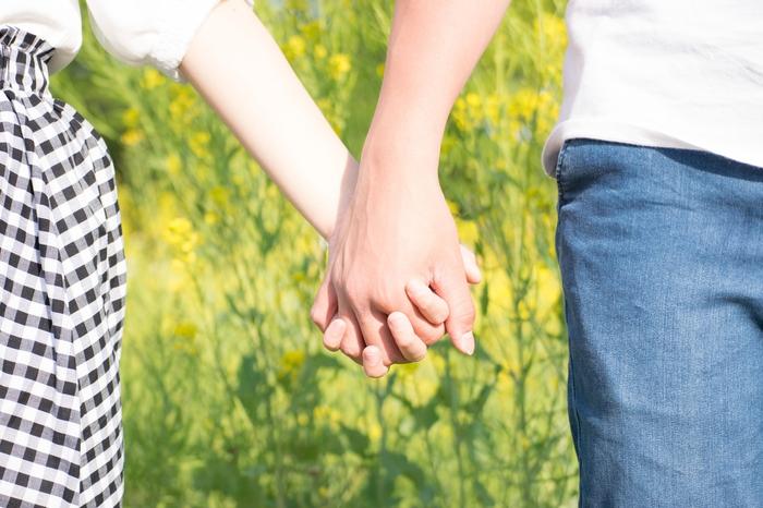 もっと愛されたいな…彼氏に愛される彼女の特徴って?