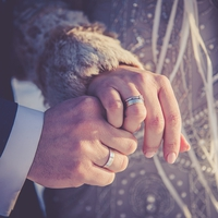 付き合って1年!どんな時期?結婚を目指すには…