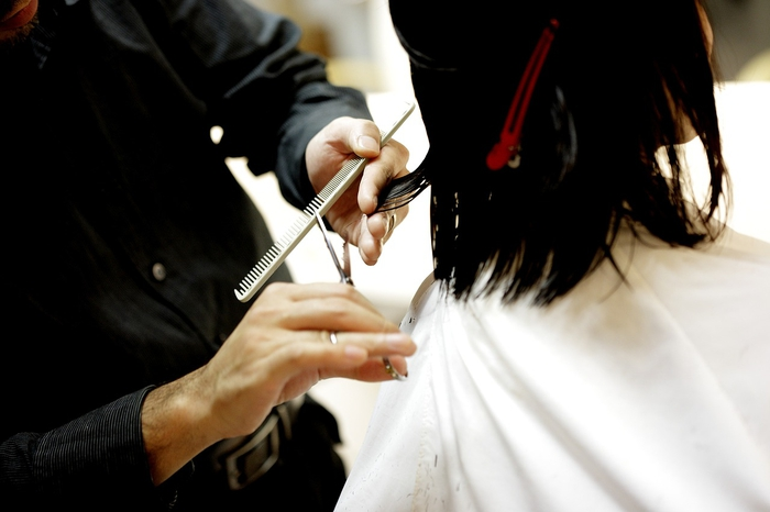 美容師はチャラい?普通のお客さんと付き合うきっかけとは