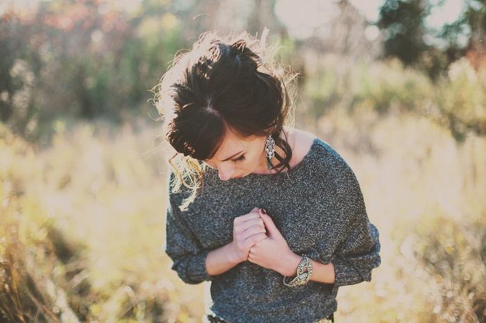 失恋した自分が惨めで悔しい…自信を取り戻す方法とは?