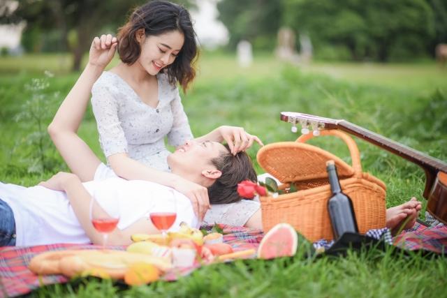 婚外恋愛はなかなか会えない…寂しいときの対処法とは?